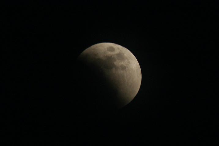lunar_eclipse_mid2.jpg