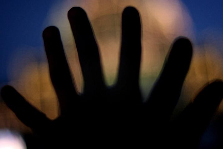 six_fingers.jpg